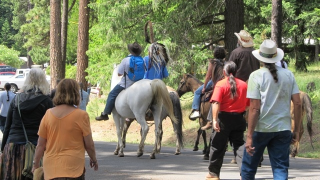 Chief Arvol Looking Horse on his way to address the gathering